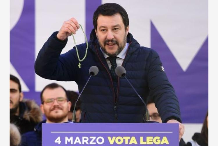 Salvini centrodestra compatto parlamento ora pu for Lavorare in parlamento