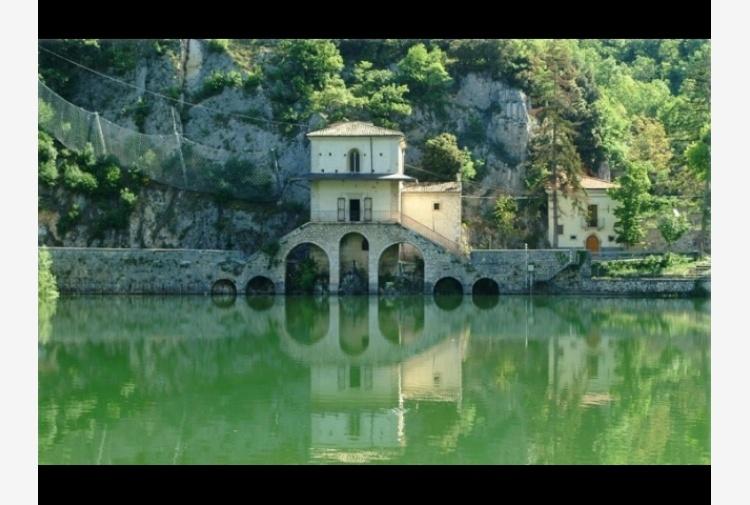 Lago Scanno tra 9 Bandiere Blu d\'Abruzzo - Tiscali Notizie