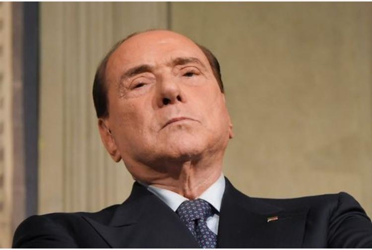 Berlusconi: vertici Ppe molto preoccupati per situazione Italia