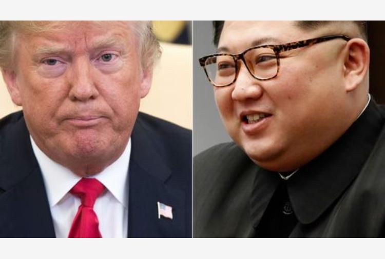 Vertice Trump-Kim Jong-un: storica stretta di mano