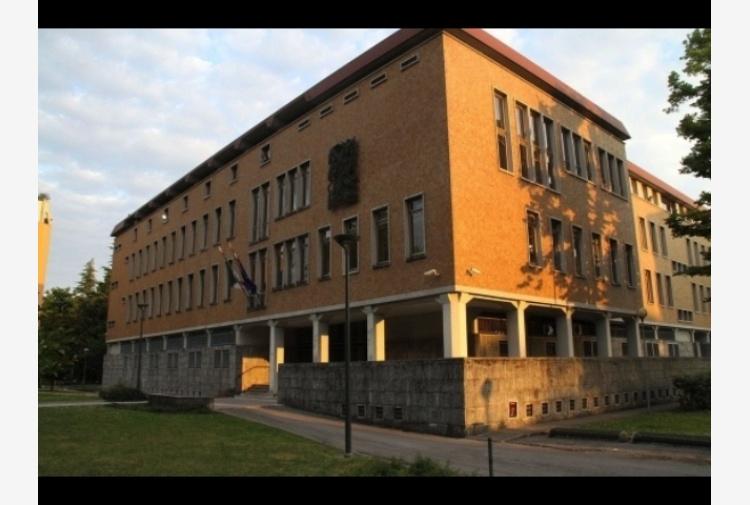 Telefonata annuncia bomba, falso allarme Tribunale Pordenone