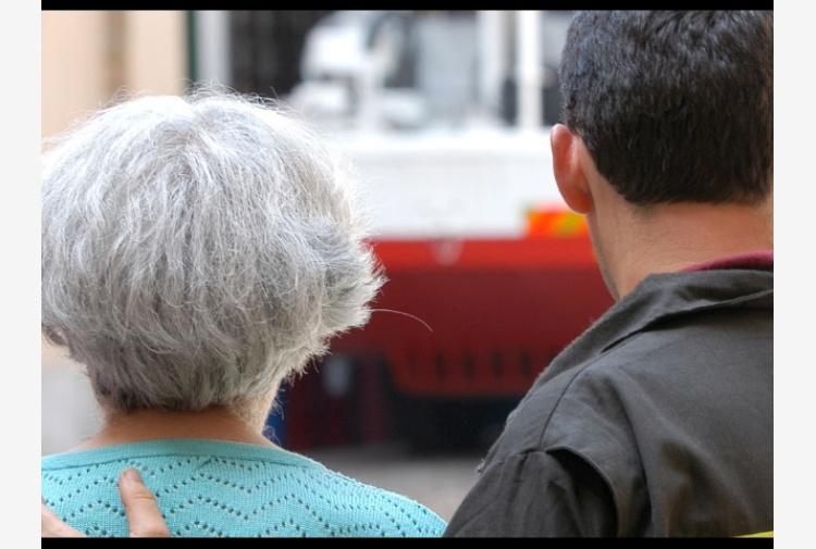 Anziana denuncia furto, voleva compagnia