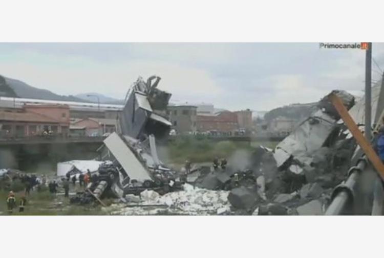 Crollo ponte Genova: ministro, rivedremo integralmente concessioni