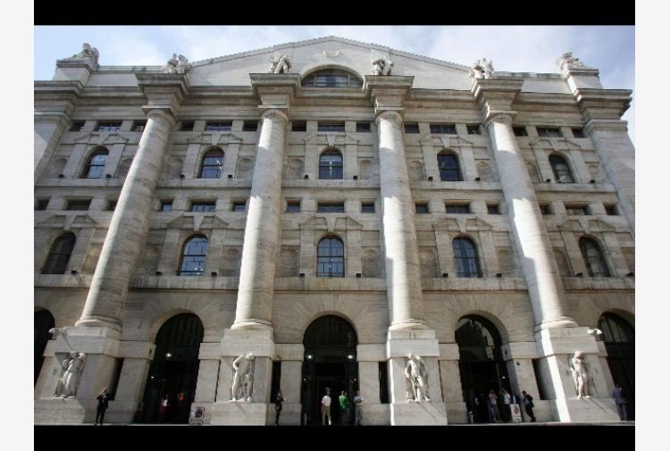 cffdc28a2c Borsa: Milano (+0,4%) gira in positivo - Tiscali Notizie