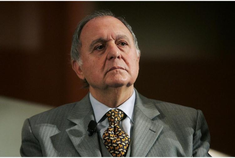 Manovra, il ministro Savona: