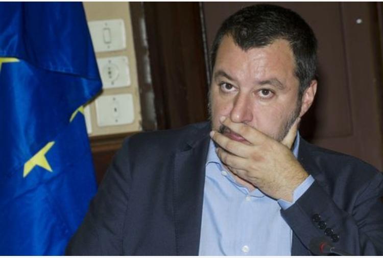 Salvini tuona contro la Svizzera: