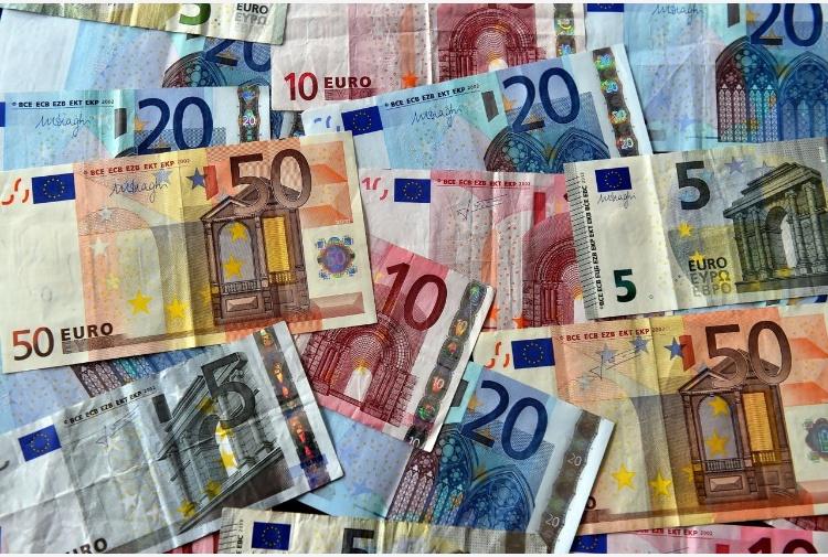 L'euro ha 20 anni