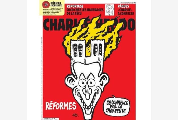 Charlie Hebdo, la (solita) macabra ironia anche su Notre Dame