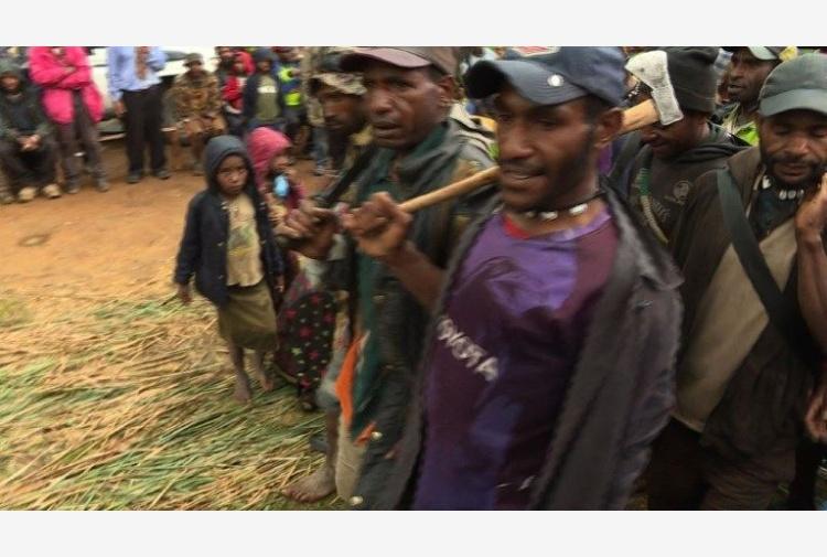 Papua Nuova Guinea, uccisi donne e bimbi