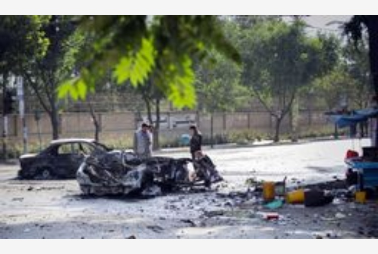 Afghanistan: 8 morti in attacco a Kabul