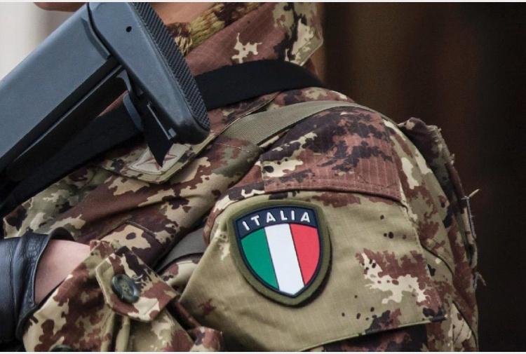Iraq ecco i nomi dei 5 militari italiani feriti tiscali for Nomi dei politici italiani