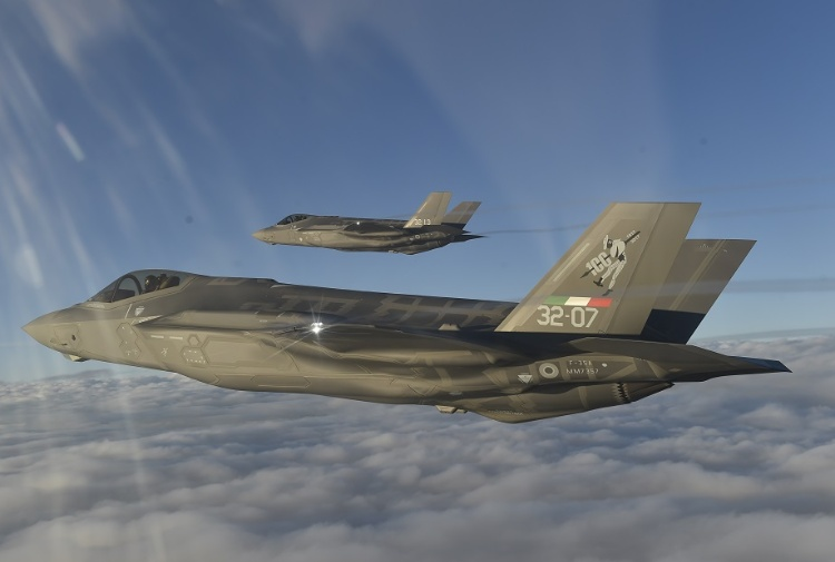 F35 in volo (foto aeronautica.difesa.it)