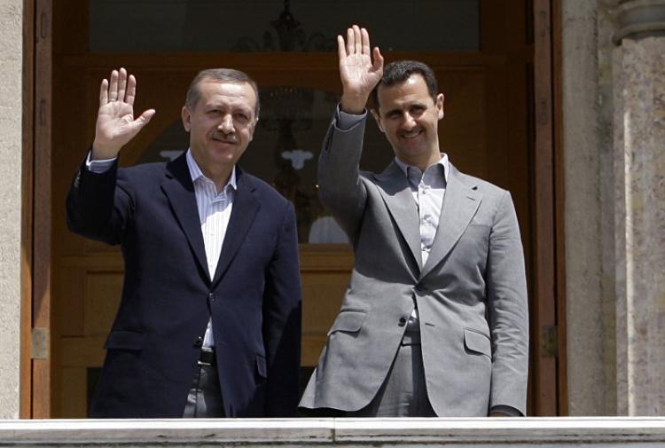 Turchia versus Siria: il gioco pericoloso (e sporco) di Erdogan contro…