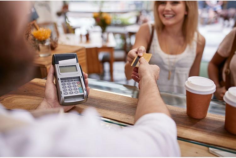 Caffè con il bancomat, multe ai commercianti