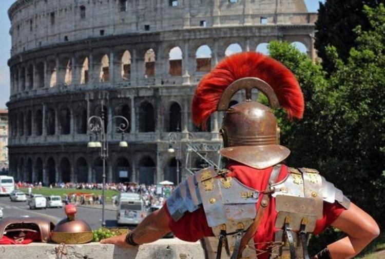 La mafia tiene in pugno Roma ma senza inzupparla di sangue.
