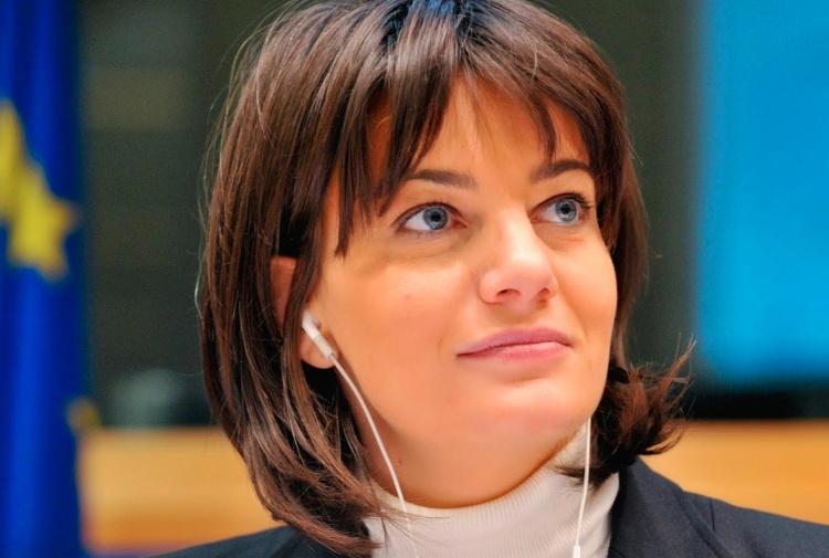 Arrestato lo stalker di Lara Comi: