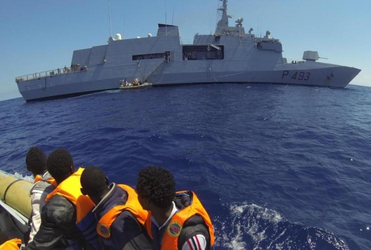 Migranti, soccorsi 1.600 in Sicilia