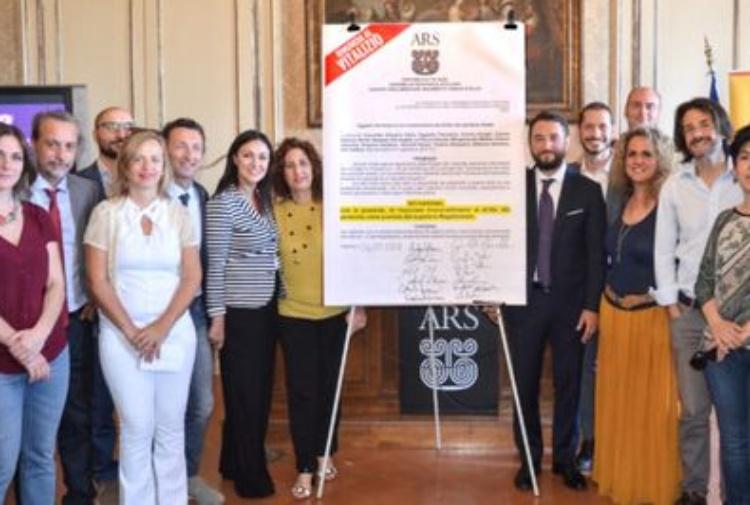 M5s 600 euro ai deputati siciliani per la pensione for Deputati siciliani