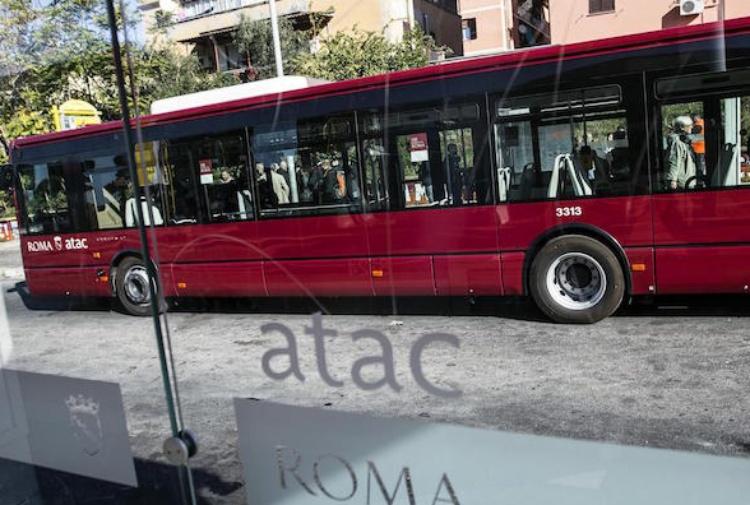 Caso Parentopoli, l'Atac pronta a licenziare 33 persone assunte illegittimamente
