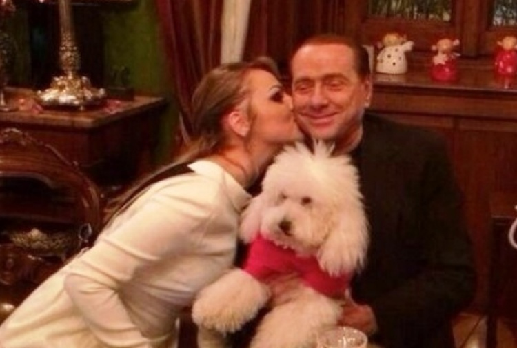 Berlusconi tiene a battesimo il Movimento animalista: