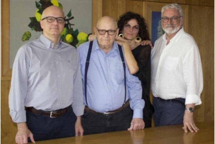 Prato, azienda dona bonus Natale di 3mila euro a tutti i dipendenti