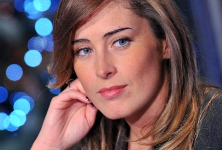 Perseguitava il ministro Boschi: arrestato 44enne di Napoli