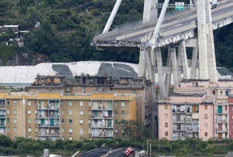 La beffa del mutuo a Genova: gli sfollati dovranno continuare a pagarlo