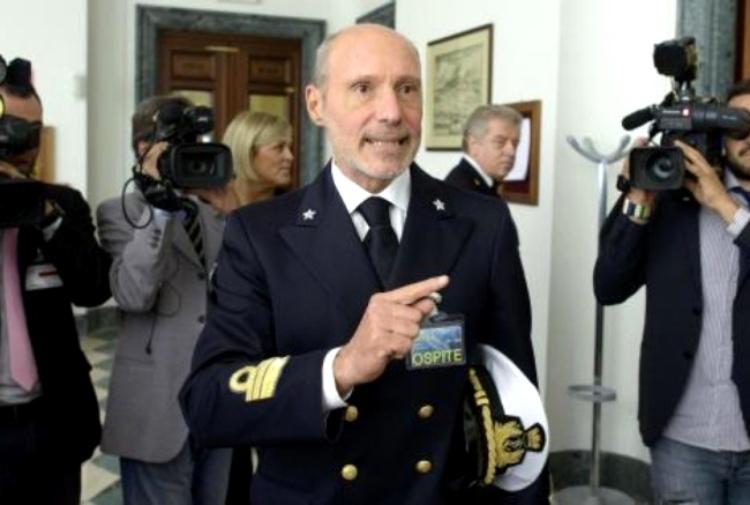 De Falco(ex M5s) : «Ritorno a bordo con la Ong In missione per salvare i migranti».