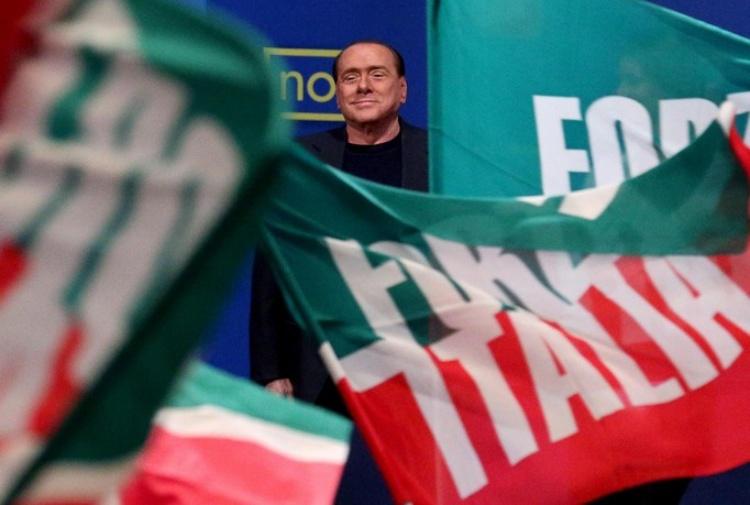 Un passivo di 100 milioni pignoramenti a forza italia for Parlamentari forza italia