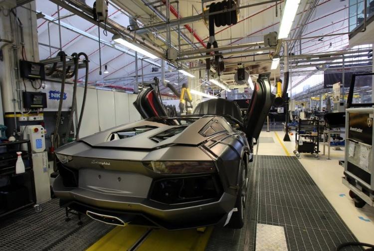 Alla Lamborghini i dipendenti potranno scegliere: