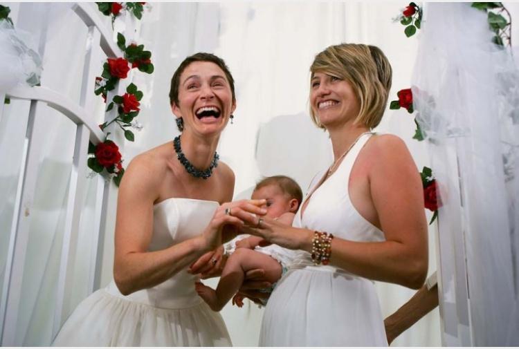 Matrimonio In Europa : Adozioni e matrimoni omosessuali in europa siamo tra gli