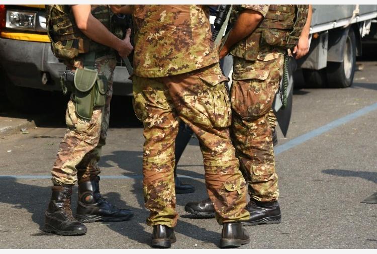 SINDACATO MILITARI / MOLTE LE PREOCCUPAZIONI IN AMBITO STATI MAGGIORI E DIFESA / La Consulta dà il via libera a sindacati per i militari, ma lo Stato Maggiore della Difesa frena