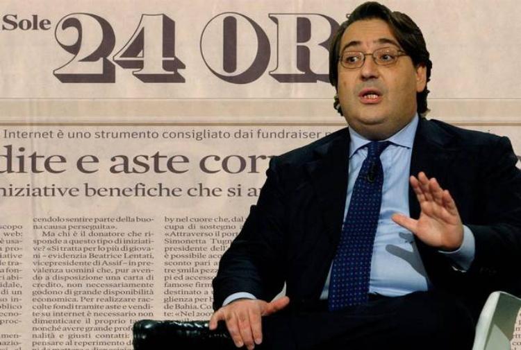 Sole 24 Ore, indagati il direttore Napoletano e il parlamentare Quintarelli