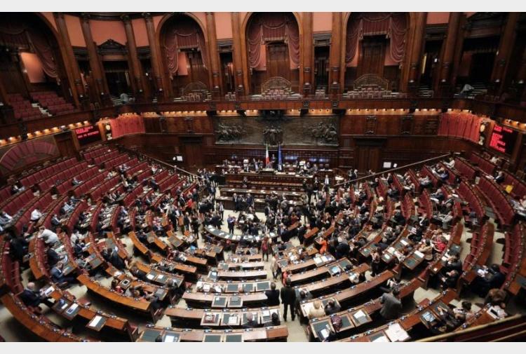 Riforme tradite la carica degli 85 ecco quanti sono i for Quanti sono i membri del parlamento italiano