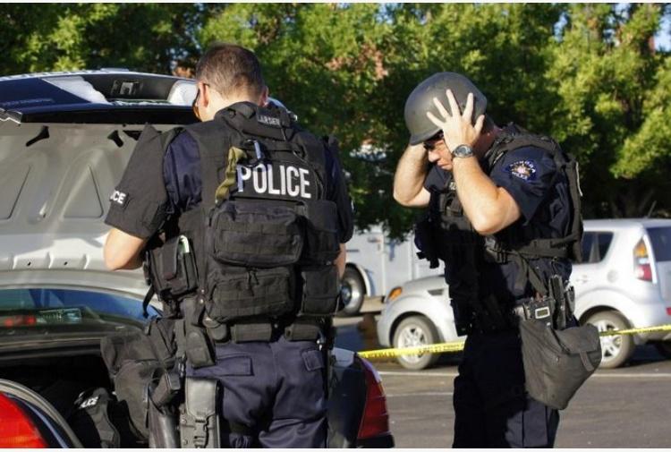 Sparatoria in una scuola elementare in California, almeno due vittime
