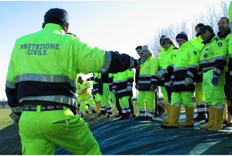 Forte scossa di terremoto nel centro Italia paura crolli chiusa la Salaria