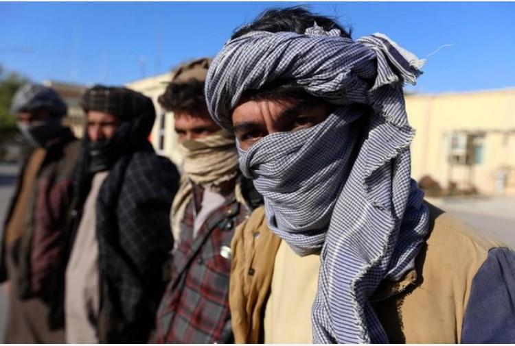 Ghani ai talebani, parlate con noi