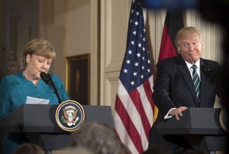 Merkel contro Trump: Ue non può fidarsi degli Usa