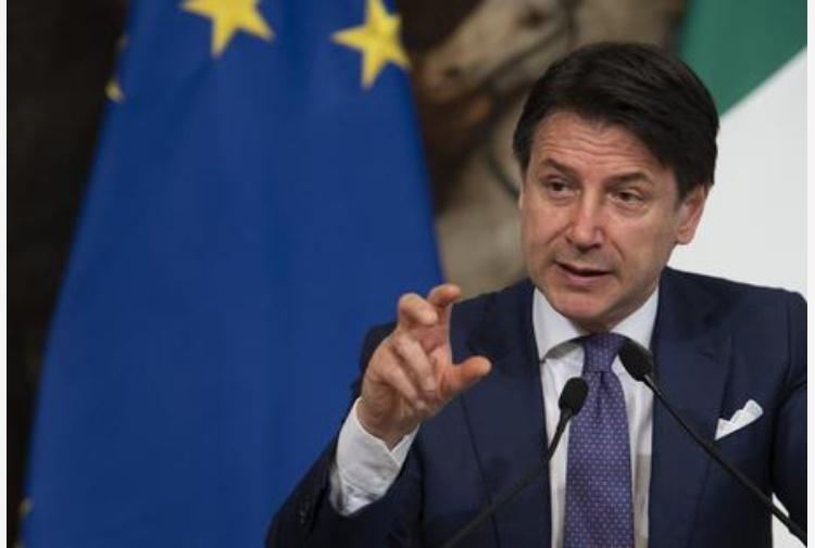 Conte: 'Dieci giorni all'Europa per battere un colpo'. Ma la Ue si spacca tra Nord e Sud