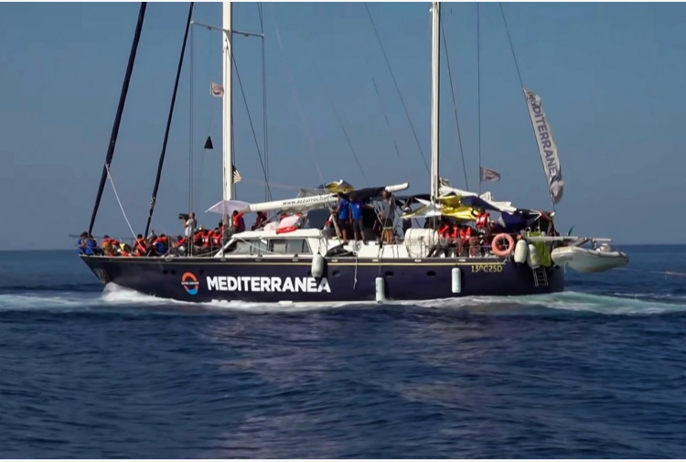 Il veliero Alex & Co di Mediterranea