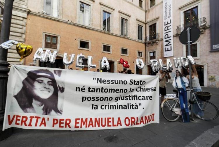 Orlandi: tribunale vaticano dispone apertura due tombe