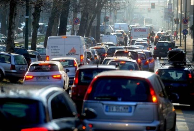 رسوم الطوابع والتأمين والغرامات ، إليكم جميع الأخبار التي يقدمها العام الجديد لسائقي السيارات