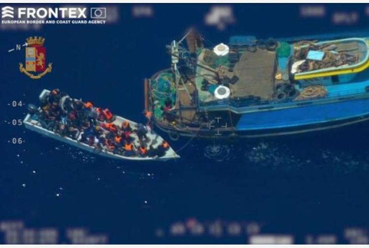 Migranti: arrivata a Licata la