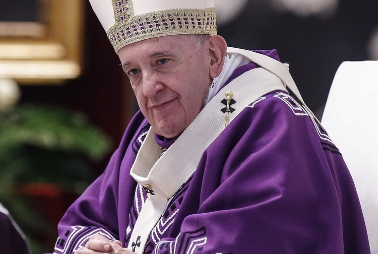 Un chirografo di 15 righe e Francesco rivoluziona la stampa cattolica