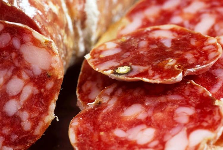 Listeria, il Ministero della Salute ritira il salame Aliprandi dai supermercati