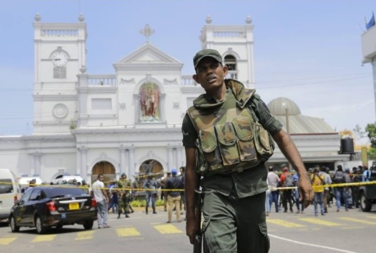 Sri Lanka, l'Isis diffonde foto dei presunti attentatori VIDEO