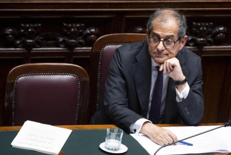 Conti pubblici Italia: per tecnici procedura è giustificata. Juncker: rischi per anni